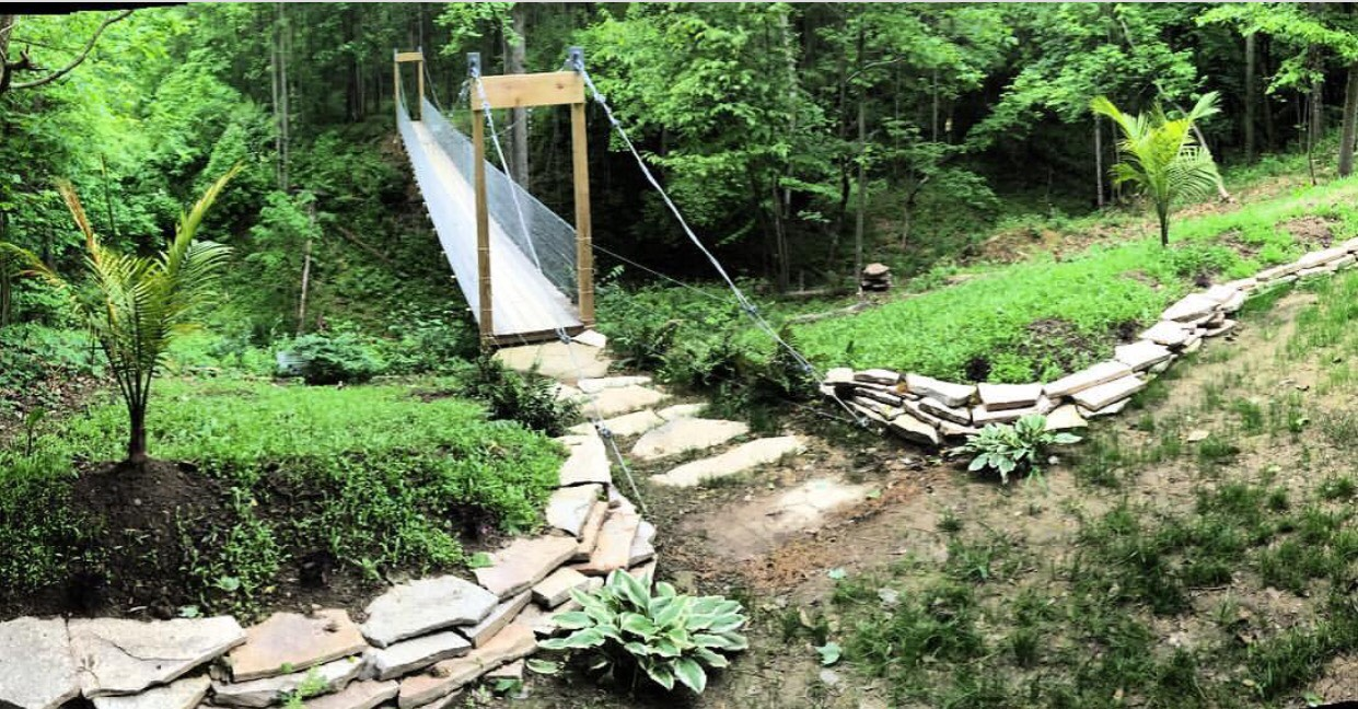 What's New Hocking Hills Luxury Lodge and Cabins