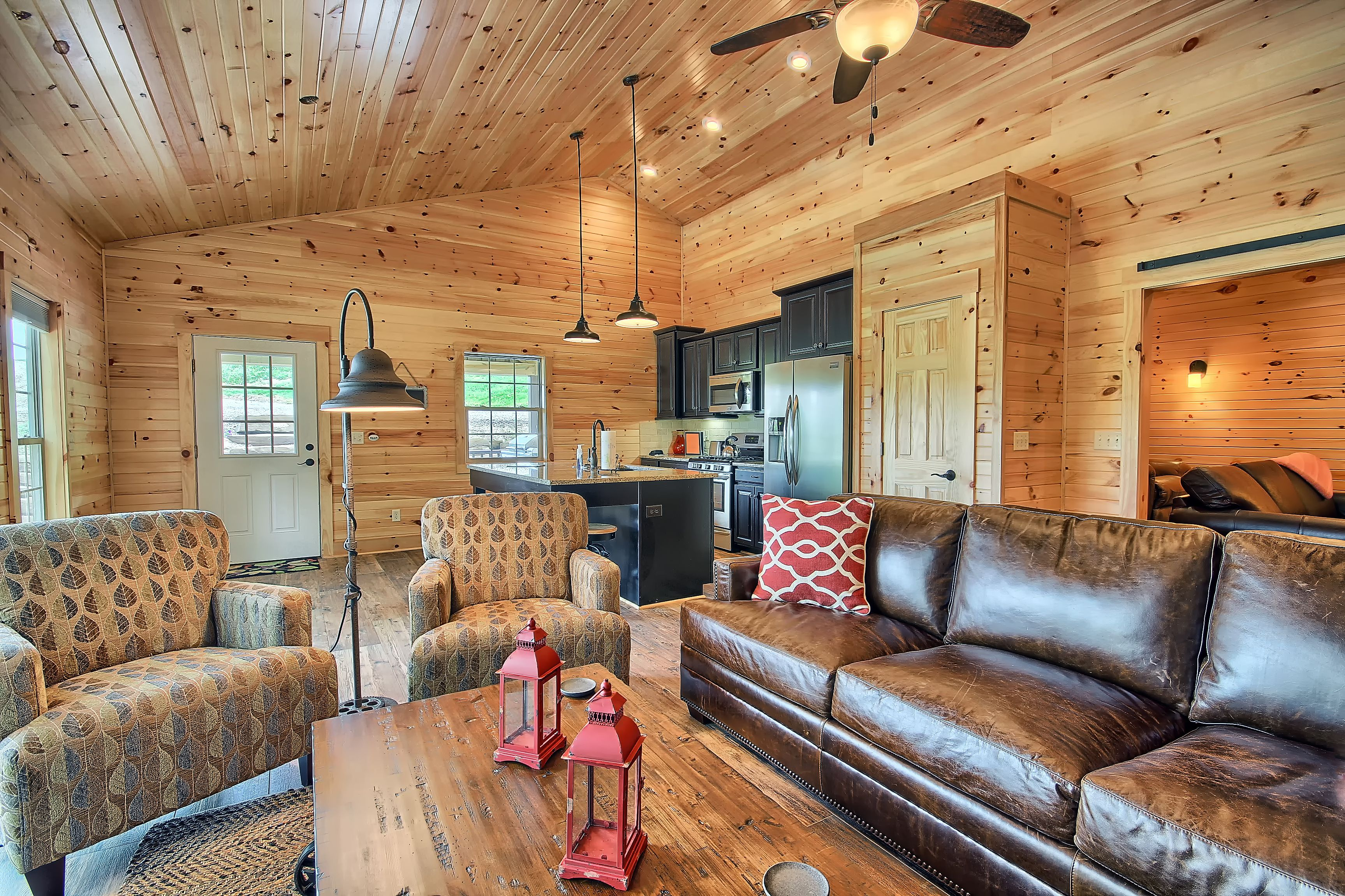 The Bookers Luxury Cabin Bourbon Ridge Retreat Hocking Hills Luxury Lodges Amp Cabins